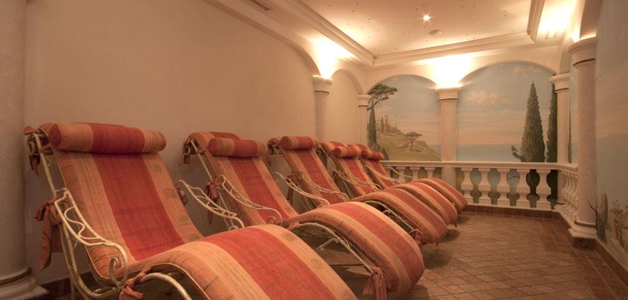 Austria_Seefeld_Seefelderhof_relax_room.jpg